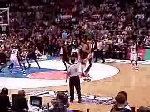 Suns vs Sixers at Köln Arena,  Cologne - Dramatic ending