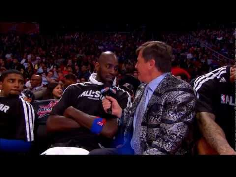 Craig Sager interviews Kevin Garnett at the 2013 NBA All-Star Game