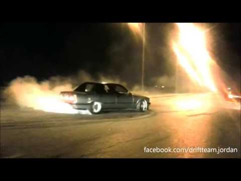 BMW E30 Supercharged 2nd gear donuts + burn!! BMW E30 325 Donuts!