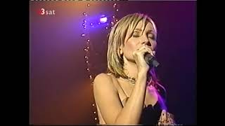 Watch Patricia Kaas Autumn Leaves video