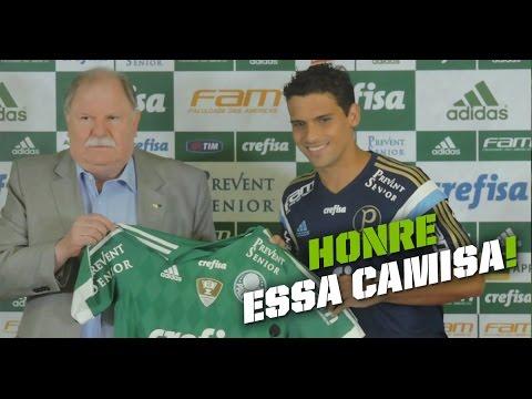 Volante Jean recebe a camisa do Palmeiras