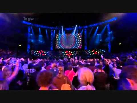 Take That & Robbie Williams - Greatest day - Bodies - You Know Me (Children In Need 2009)