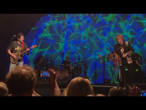 "Yes Featuring Jon Anderson, Trevor Rabin, Rick Wakeman ""Roundabout"" Live 4K UHD"