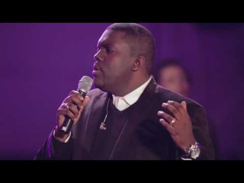 withholding-nothing-medley-william-mcdowell-concert