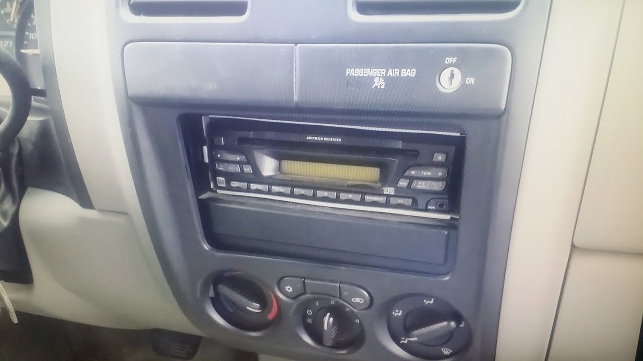 maxresdefault gmc canyon aftermarket radio install youtube 2005 gmc canyon stereo wiring diagram at gsmx.co