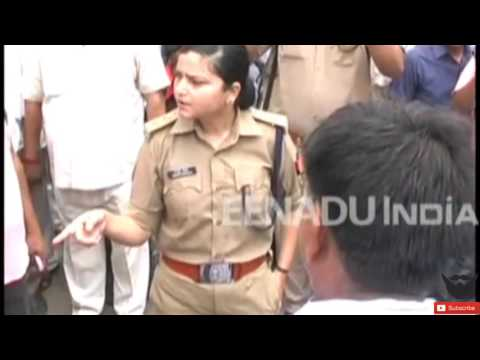 A Indian lady  ips officer taking about pay challan to people|INDIAN TRAFFIC POLICE NEWS|