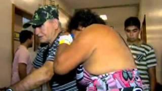 Repeat youtube video GLOBO REPÓTER Mãe assiste à filha morrer por falta de vaga em CTI infantil no Pará.