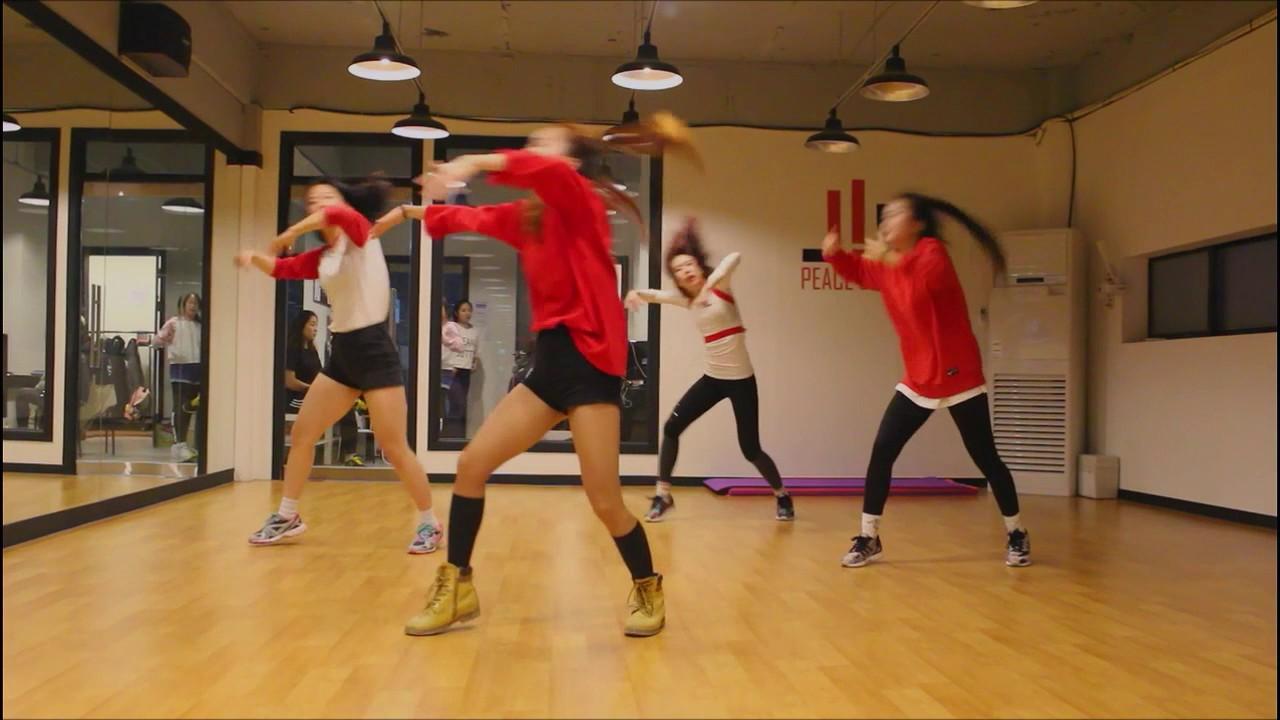 Waacking | Anmi Choreography | Peace Dance - YouTube