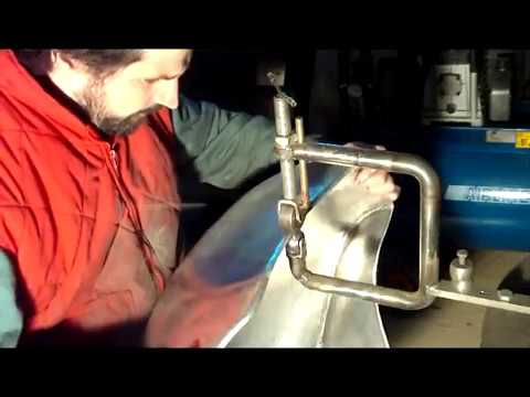 fabrication d 39 un reservoir en alu de moto cafe racer youtube