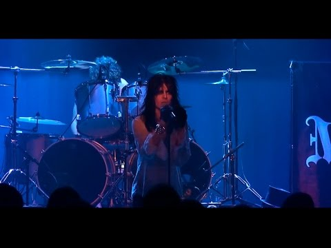 Maryann Cotton - Maryann (Live)