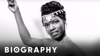 Biography: Maya Angelou Mini Bio thumbnail