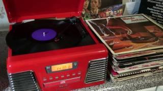 Wanda Jackson - Savin my Love