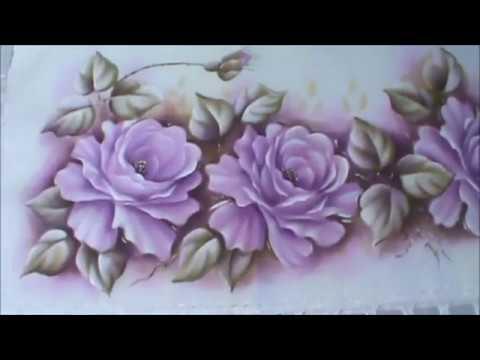 Rosas lilázes para seu caminho de mesa.