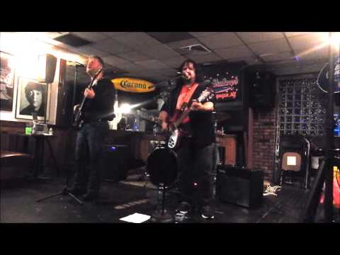 The Reign - I Am Superman (Gary Zekley/Mitchell Bottler) - Live