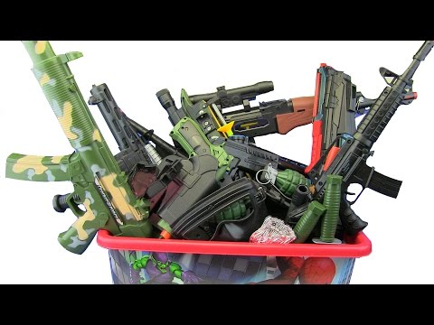 Box of Toys ! GUNS BOX Toys Military & Police equipment ! What's in the box ? VIDEO FOR KIDS