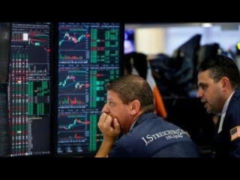 Markets close lower amid Manafort latest
