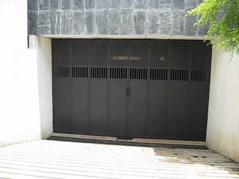 Closing An Accordion Style Manual Hangar Door Doovi