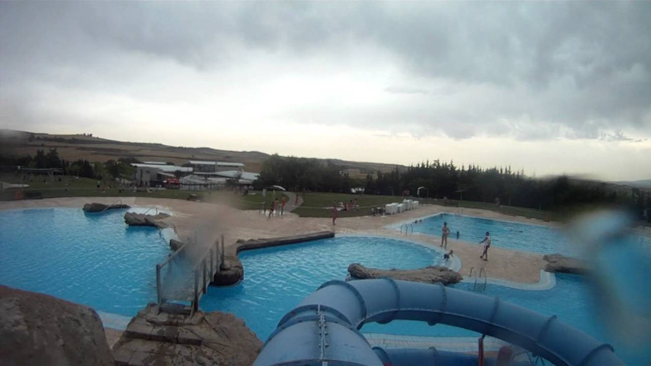 Gopro frontal en piscinas de viana youtube for Piscinas en
