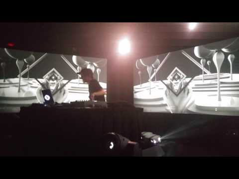 G Jones and Bassnectar  Underground  Krab Patty Secret Formula  San Francisco 3312017