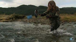 Bear Fishing | Alaskan Bush People