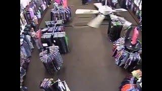 Shoplifters at Swag City Pembroke NC 1-2-2016
