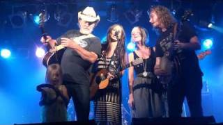 Watch Kasey Chambers Georgia Brown video