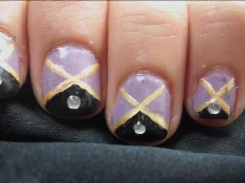 simple easy elegant purple nail art design  diseño de