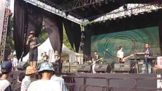 Download lagu Monkey Boots Indah Pada Waktunya live at Street Wear Tour 2014 MP3