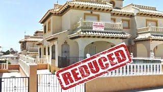 Campoamor - 3 bedrooms quad villa with solarium & comm. pool (© white villas in spain)