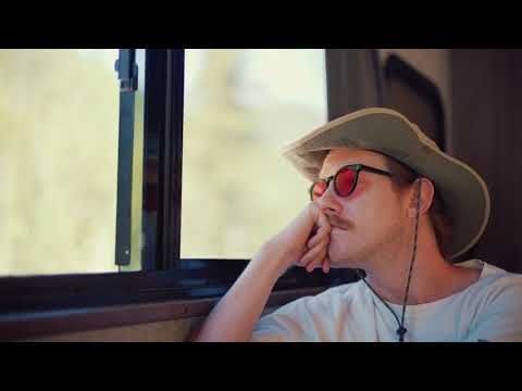 Смотреть клип Asher Roth - Get Out