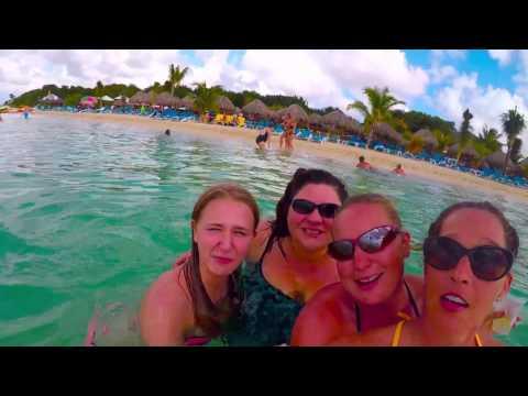 The Girls at Mr  Shanco's Cozumel Beach Club