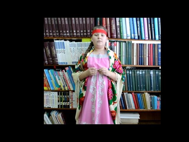 Изображение предпросмотра прочтения – библиотекаДетская читает отрывок изпроизведения «Мороз, Красный нос» Н.А.Некрасова