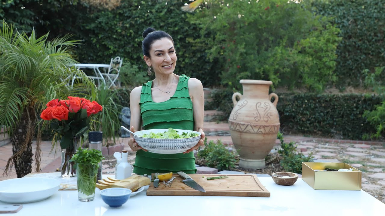 Խառը Մառը Կանաչ Աղցան - Green Salad - Heghineh Cooking Show in Armenian