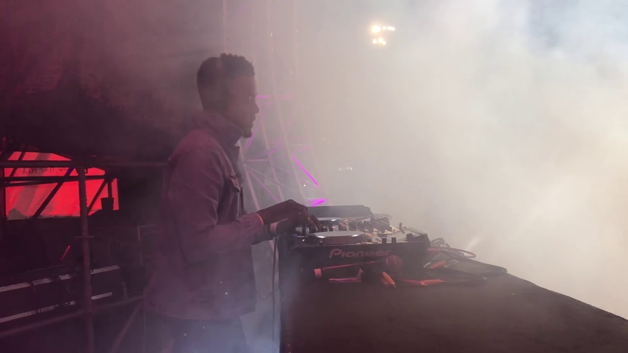 Download Sun-EL Musician - Simmy & S-Tone  - Buyela Ekhaya Festival - East Londn