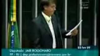 Bolsonaro explica porque Cesare Battisti é um @#$#%%$#%#
