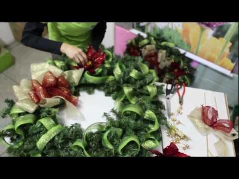 Aprenda a fazer uma linda Guirlanda de Natal - Rizzo Embalagens