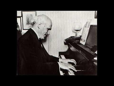 Beethoven Symphony No.1 in C  -  Arturo Toscanini / La Scala (1946)