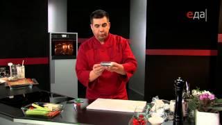 Суфле из судака с овощным жюльеном и сырными чипсами