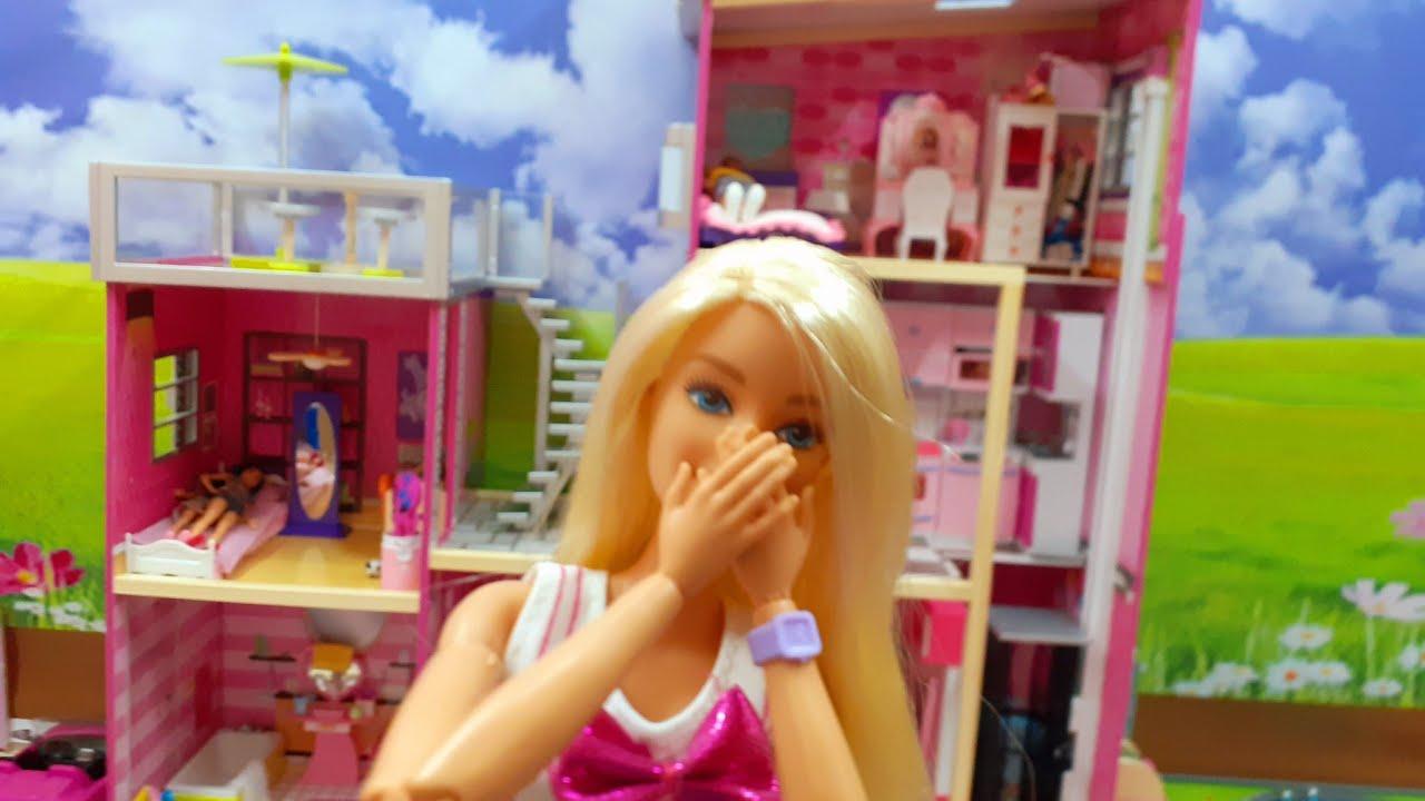 فتح وتركيب بيت باربي معي انا وبابا 👧🏻👨🏻       Open and install a Barbie house  🏠❣🎉😮👱🏻♀️