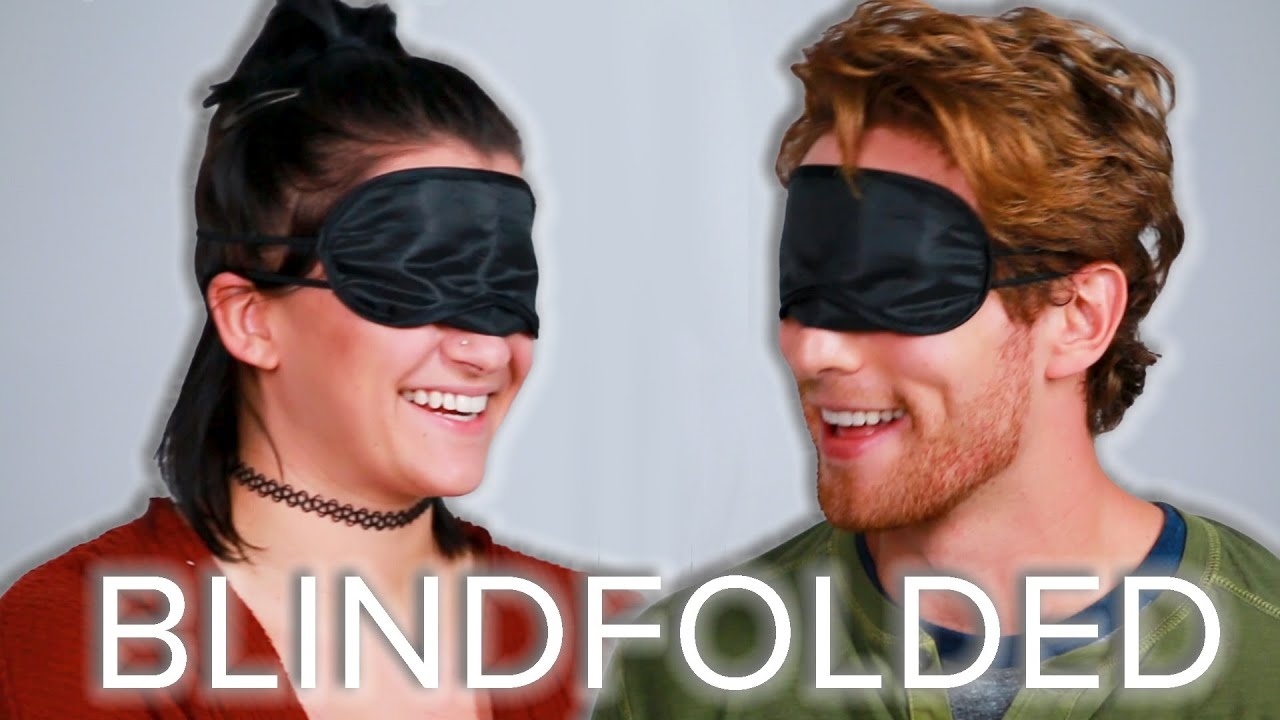 blindfolded-strangers-guess-each-other-s-age