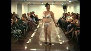 Lingerie plus size fashion show.mp4