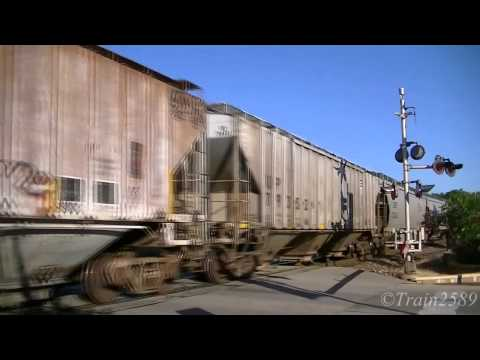 Railfanning Lee's Summit  7/03/14. UP 7400!