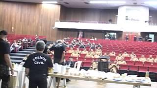 Flagrante da ação policial-OPERAÇÃO LIBERDADE 3-19/10/12 Maringá Urgente.avi