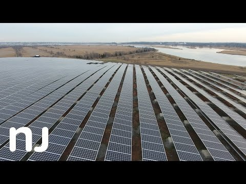 Solar panels turn unusable New Jersey landfill into green en