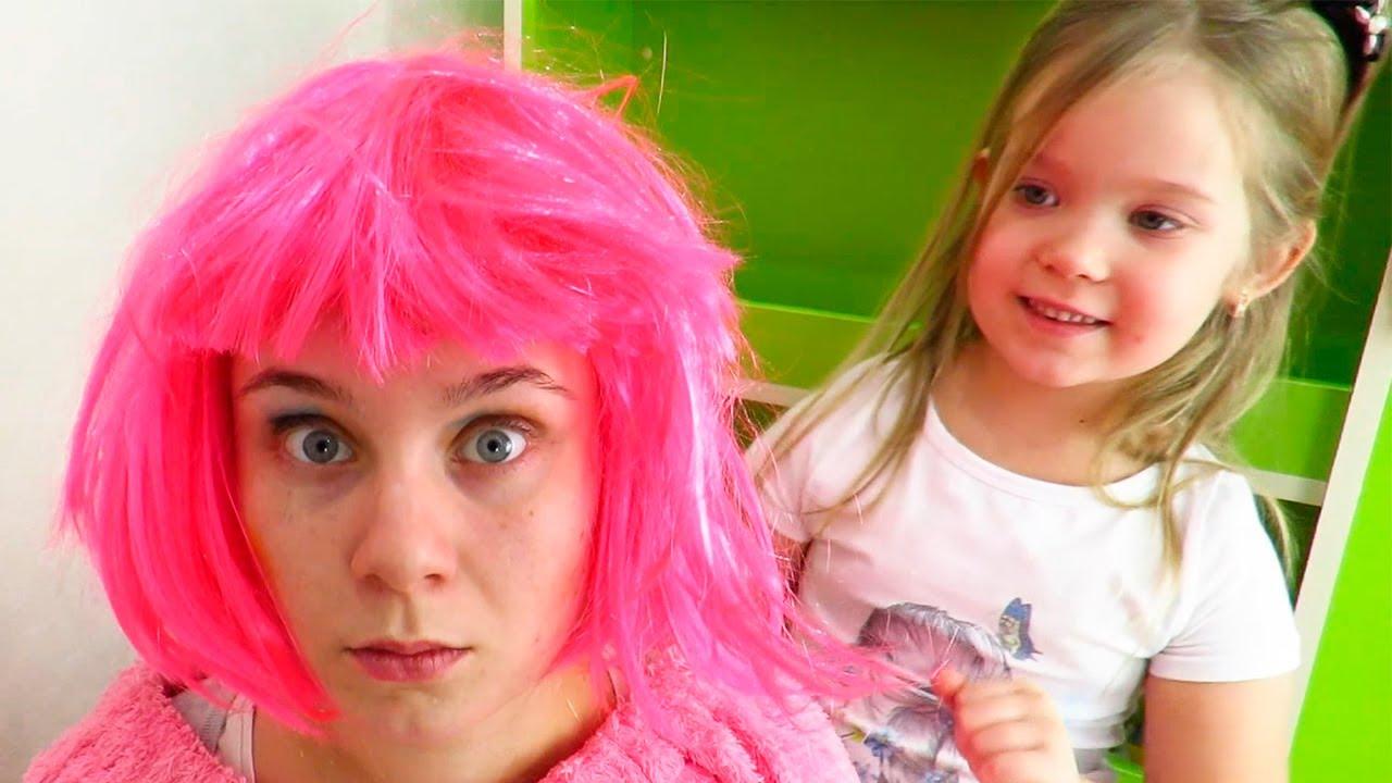 Лера и Мама в салоне красоты для принцесс