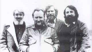 The Dubliners - The Call and the Answer