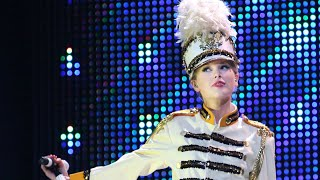 Taylor Swift - You Belong With Me (Live From The  Fearless Tour)