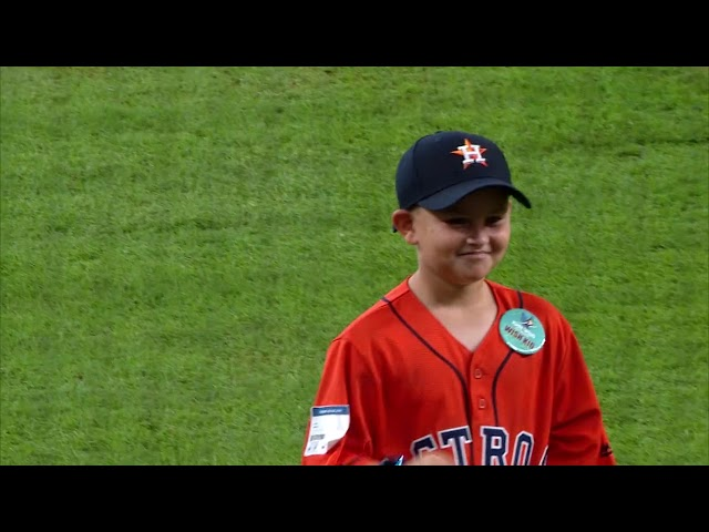 Wish Kid throws out first pitch at Houston Astros game