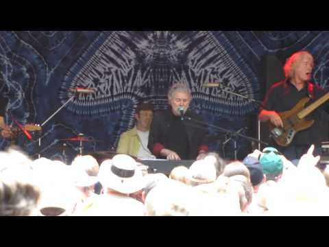 Chuck Leavell with  The Randall Bramblett Band ~ Living In A Dream