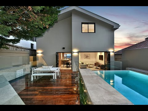 Maroubra - Decadent Coastal Residence With  ...